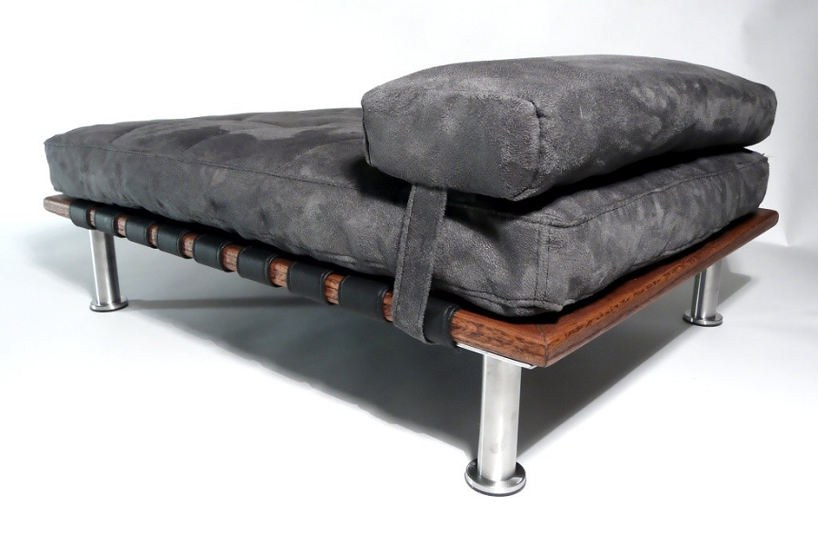 Elegant Ivy Modern Small Dog Day Bed Designer Beds For Dogs At Glamourmutt