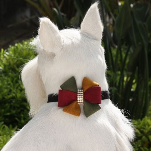 Autumn Pinwheel Collar by Susan Lanci
